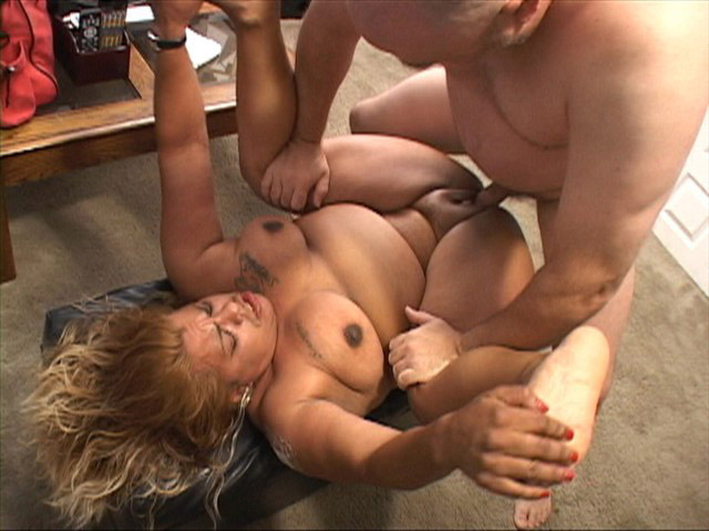 Fat girls gettin fucked